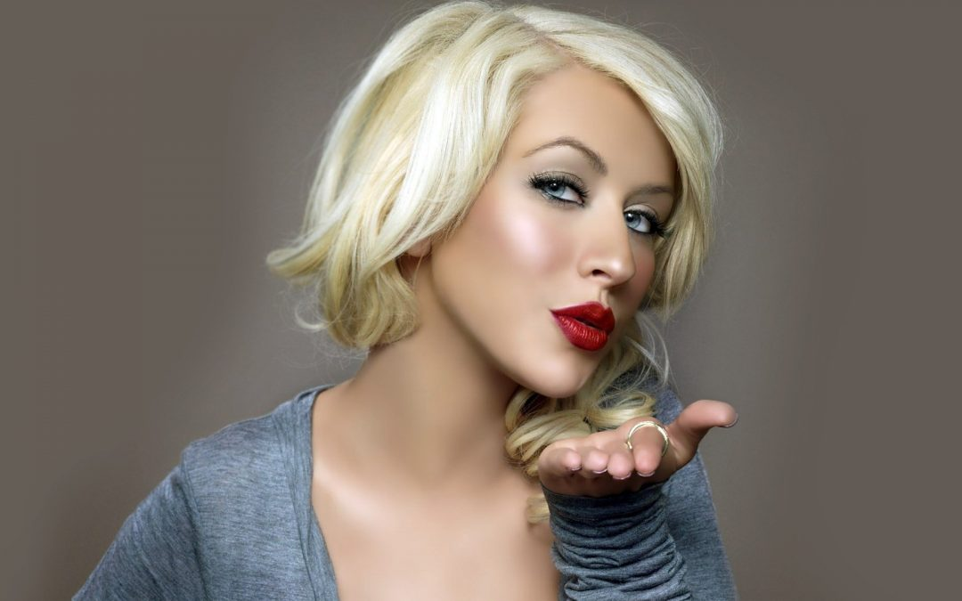 Christina Aguilera Jones Join Sci-Fi Romance 'Zoe'