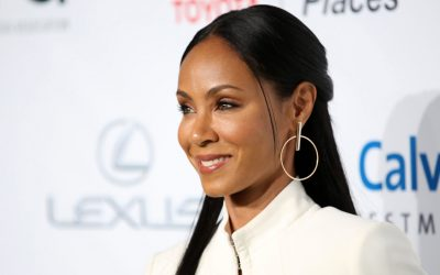 In a Fashion Flashback, Jada Pinkett Smith Remembers Bare Midriffs and Bold Colors for Oscar Night