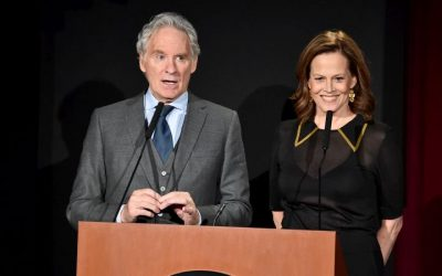 Kevin Kline,  and Sigourney Weaver to Star in 'The Good House'